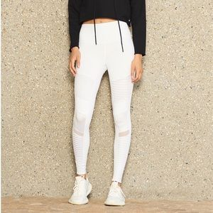 ALO Yoga Pants - Alo Moto Legging